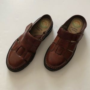Earth Shoe Harriet Fisherman's Mule Clog